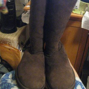 NWOT brown real suede  winter boots SZ 7